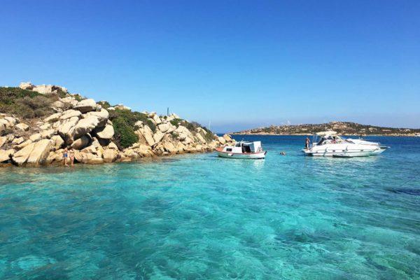 Montebello21 ✓ Spiaggia di Cala Giorgio Marino - Isola di Santa Maria nell'Arcipelago di La Maddalena