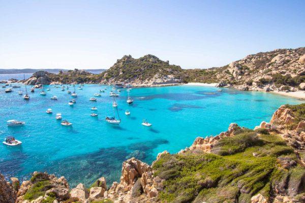 Montebello21 ✓ Cala Corsara sull'Isola di Spargi nell'Arcipelago di La Maddalena
