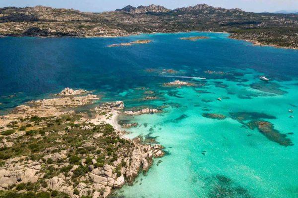Montebello21 ✓ Spiaggia di Capocchia d'u Purpu nell'Arcipelago di La Maddalena